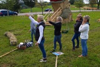 2017 Strohskulpturen Aufbau_14